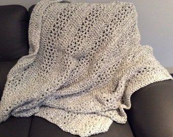 Crocheted blanket, afghan, bulky throw