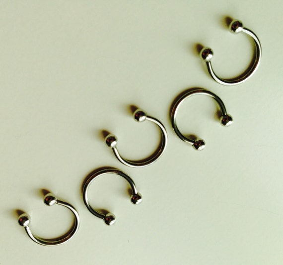 Circular Barbell | Horseshoe | Horse Shoe | Silver Coloured | Septum | Ear | Piercing | Body Jewellery