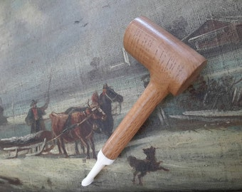 Old oak handmade pipe