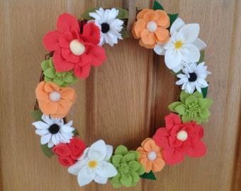 "Felt flower wreath ""summer burst"""