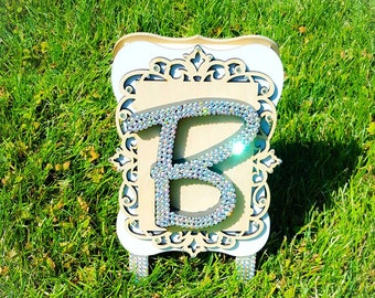 Initial standing plaque, wooden plaque, crystallized initial plaque