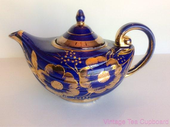 Arthur wood aladdin teapot blue gold teapot by vintageteacupboard - Aladdin teapot ...