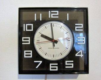 General Electric Black and White Lucite Electric Wall Clock 1970s