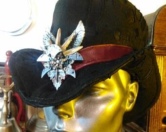 Widow's Peak Victorian Top Hat (red trim)