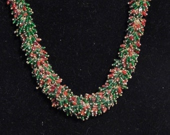 Red and green cha cha choker-- glass beads and gold tone chain