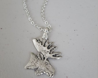 "Moose neacklace, 18"" chain, silver"