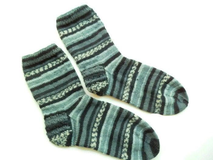 Hand knit grey mens striped socks Swollen feet Diabetic socks