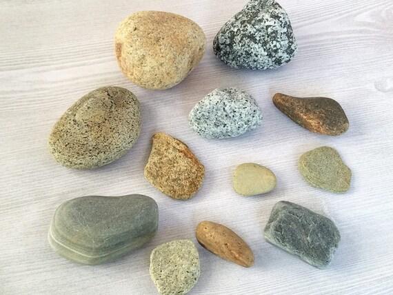 Colored beach rocks colored stones round rocks beach stones for Colored stones for crafts