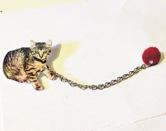 Kitten and Ball of Yarn Lapel Pins