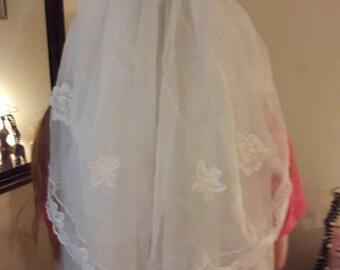 Vintage handstiched bonnett Veil