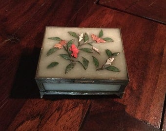 Sale... Antique CHINESE JADE NEPHRITE Soapstone Trinket box coral agate deep jade floral decorated