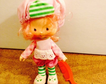 Vintage Strawberry Shortcake Raspberry Tart Doll