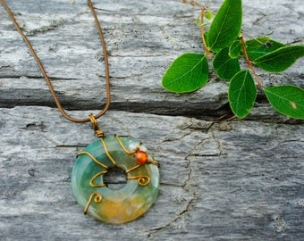 Agate necklace, wire wrapped with a carnaline bead