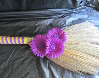Undecorated Wedding Jump Broom  - Jump the Broom at Your Wedding                       #P/Y