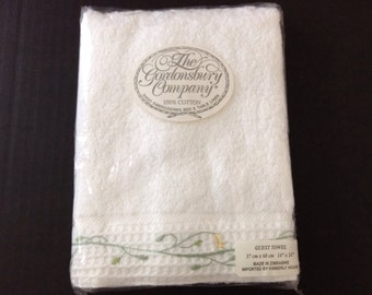 White Cotton Hand Embroidered     Guest Towel