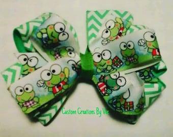 Keroppi hair bow,keroppi,bow,handmade bows