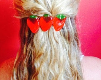Barrette with Strawberry candy