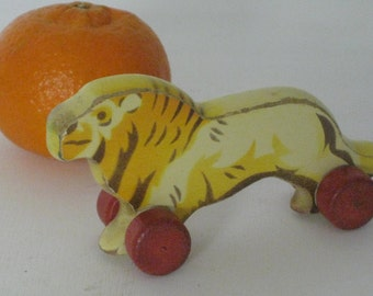 GDR toy lion wooden lion toy zoo animated 1950 German natural toy Tierfifuren miniature rolling desktop lion Africa vintage