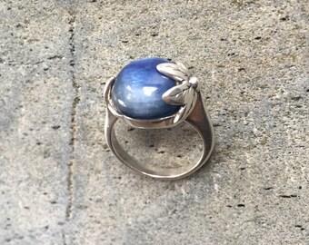 Leaf Ring, Kyanite Ring, Natural Kyanite, Flower Ring, Blue Flower Ring, Blue Ring, Healing Stone, Sterling Silver Ring, Kyanite