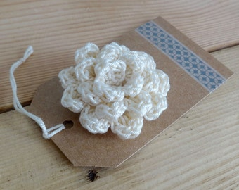 White Ivory flower brooch - Crochet flower brooch - Crochet pin - Flower Pin