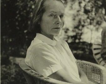 Stanley Twardowicz photograph of Betty Parsons 1956 jackson pollock