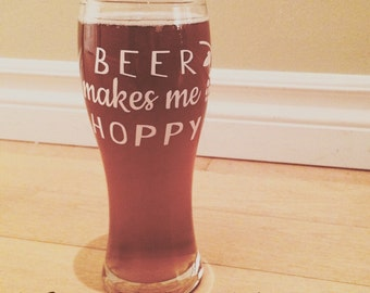 """Decal """"Beer makes me hoppy"""" for beer glasses"""