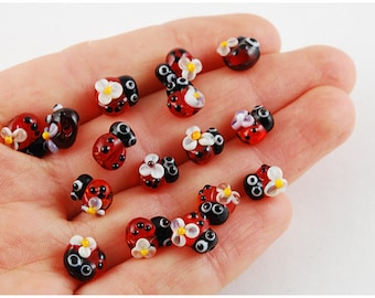 Set of 10 mini lampwork Ladybug beads with flower, lampwork beads ladybug, lamwork, glass, murano glass,  glass beads, ladybug, ladybird
