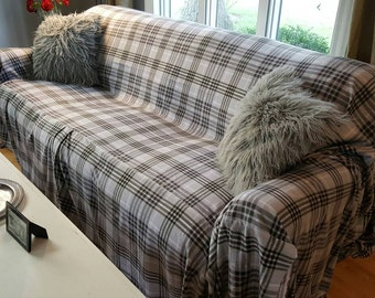 New Design No-Pill Fleece Grey Plaid Couch Slipcover/SofaScarf Pet Throw. Only 1 available