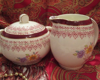 Barratt's Old Staffordshire Ltd - Creamer and Sugar Bowl with Lid