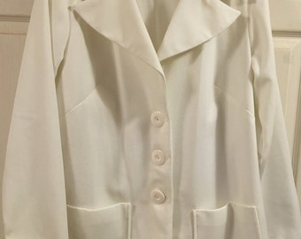 Clearance: 4.00 ...70s White Polyester Blazer....Plus size 3X