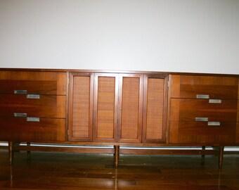 American of Martinsville Credenza / Dresser Mid century modern