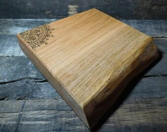 Oak Corner Mandala - Chopping Board