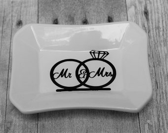 Mr & Mrs Ring Dish-Ring Dish-Ceramic Dish-Wedding Gift- Valet Tray-Jewelry Dish-Mr and Mrs Gift-Key Holder-Ceramic Ring Dish-Key Dish