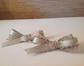 Handmade corsage hair bows