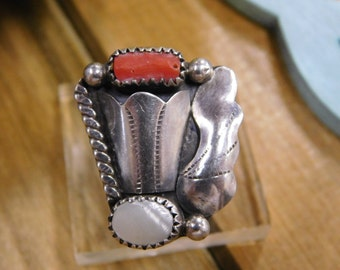 Vintage Coral and Mother of Pearl Sterling Silver Ring