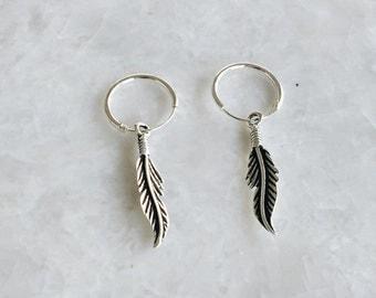 Sterling silver feather hoop earrings, Feather earrings, Native feather earrings, Dainty feather hoops, Cartilage hoop (ER79)