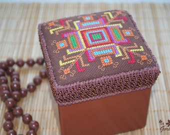 Unique Jewelry box Gift for women gifts for mom storage wooden box hand embroidered gift Rustic decor handcrafted treasure box gift for wife