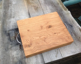 Chunky English oak chopping/cutting board, food serving platter or cheese board