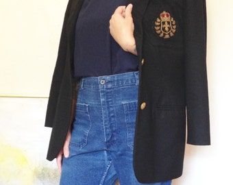 Embassy Row blazer , black with gold buttons and beautiful pocket detail