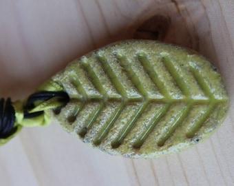 """Acid green necklace """"leaf"""""""