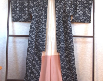 Japanese traditional dress/ Kimono robe/Japanese kimono