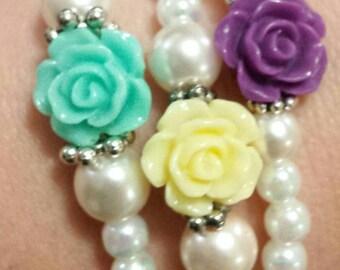Set of 3 glass beaded flower bracelets