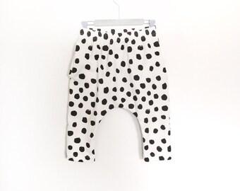 Harem Shorts, organic cotton knit, dots