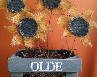 Prim Sunflower Crate