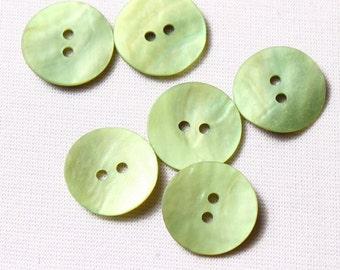 21 buttons 15mm, matte, green, Pearl 2trous (7652)
