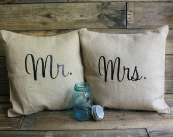 Set of Two: Mr. and Mrs. Burlap Pillow/Wedding Pillow/Rustic Burlap/Couples Burlap Pillow/Southern Pillow/Bridal Gift/Engagement Gift/Rustic
