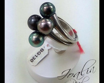 Ring 4 pearls