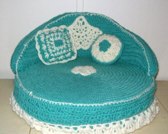 Ped Bed -Crochet Cat or Dog Bed