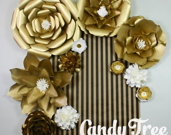 "Gold paper flowers backdrop / Golden Paper Flower Backdrop / Giant Paper Flowers Wall / Paper Flower Wall  ""RETRO"""