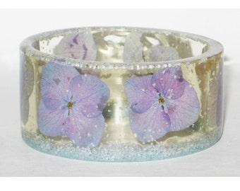 Flower Bangle, Resin Bracelet, Purple Blue Bangle, Flower Jewelry, Nature Jewelry, Resin Bangle, Botanical Jewellery, Real Flower Bangle